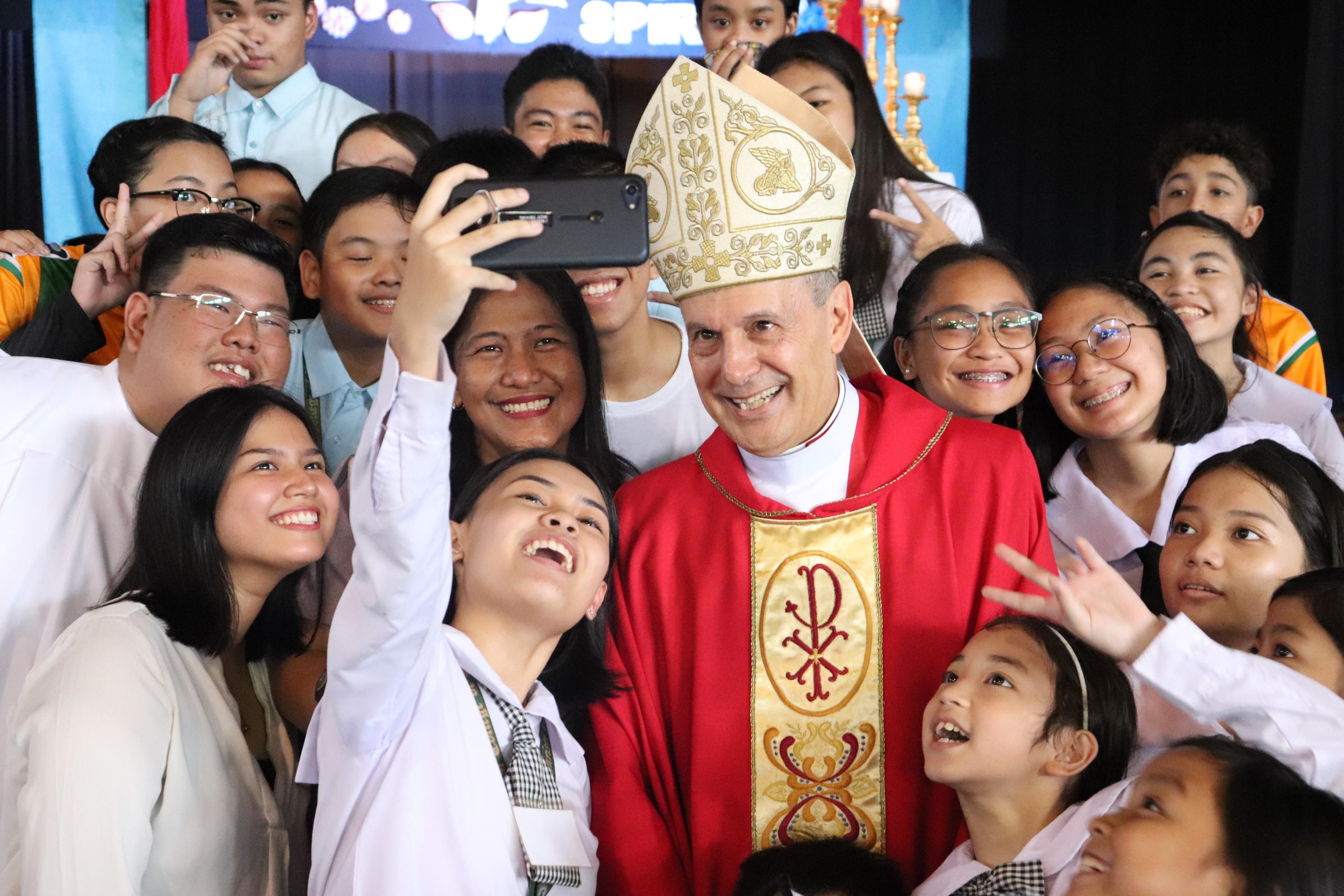 Apostolic Nuncio Caccia opens Academic Year 2019-2020
